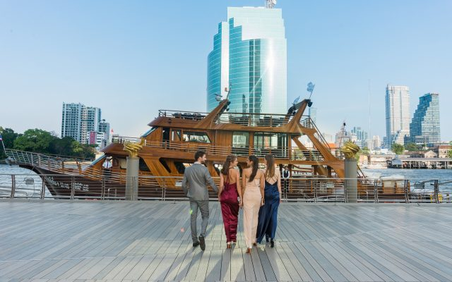 V.I.P  Dinner/Lunch Cruise – On Bangkok River