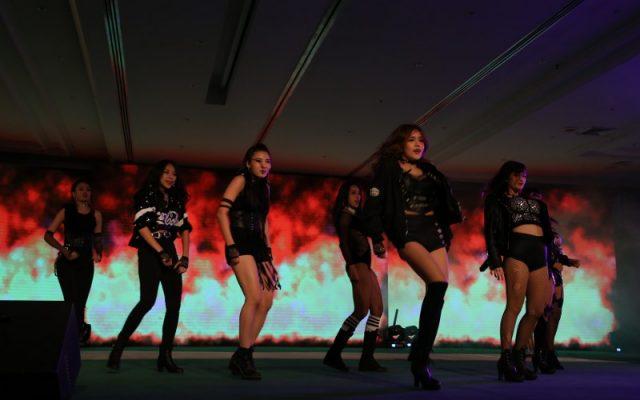 TOP & HOT Modern show